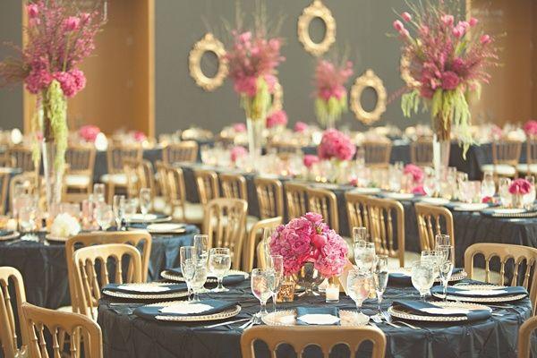 Azul, rosa e dourado para a decoraç u00e3o do casamento
