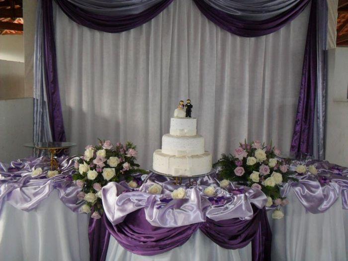 decoracao branco e lilas para casamento:lilas escuro com branco e lilas claro – Fotos casamentos.com.br