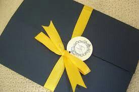 Convite azul e amarelo - 10