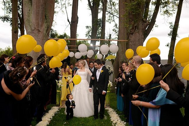 decoracao amarelo branco e preto:Decoração amarelo,preto e branco. – Fotos casamentos.com.br