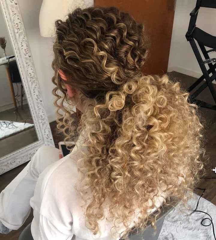 Penteado para cabelo cacheado. 👰🏻♀️ - 3
