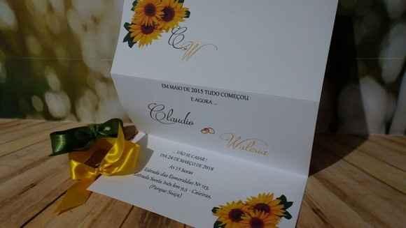 convite simples amarelo