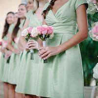 Madrinhas com vestido verde menta