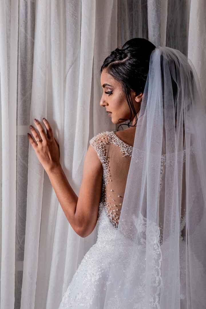 Casamentos reais 2019: o vestido (costas) - 1