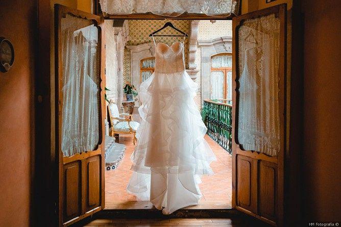 Vestido de noiva branco: Sim ou não? 1