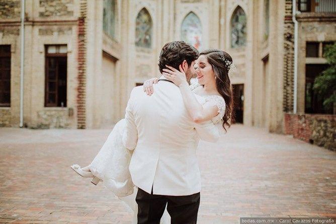 Carregar a noiva nos braços: Sim ou não? 1