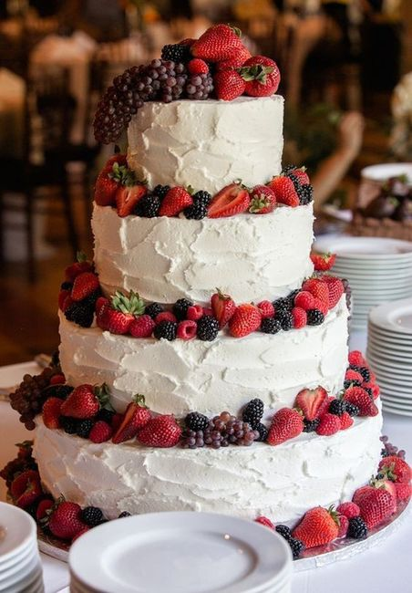 Nem de graça eu aceitaria este... bolo de casamento 🍰 1