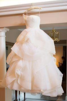 Coisas para fazer 1 ano antes do casamento: Em busca do vestido perfeito!