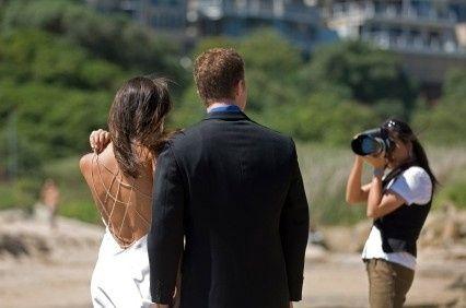 Coisas para fazer 1 ano antes do casamento: Escolha o fotógrafo