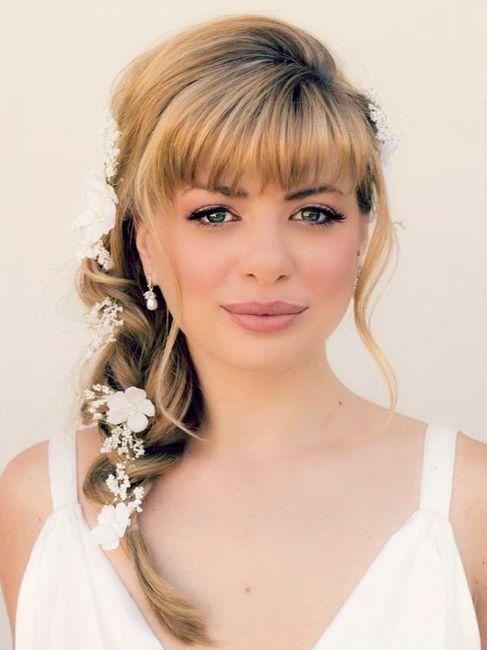 5 penteados para noivas com franja