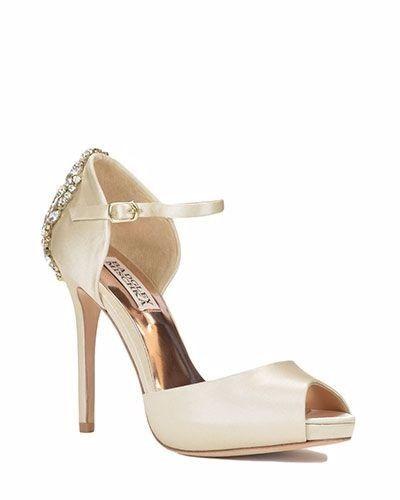 Quelle paire de chaussures vous plait le plus ? 4