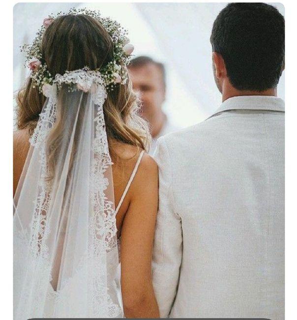 Noiva com coroa de flores e véu 5