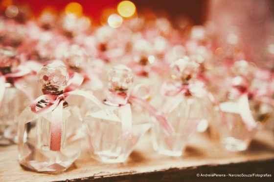 Qual destas opções de lembrancinhas aromáticas escolheria para o seu casamento? - 1