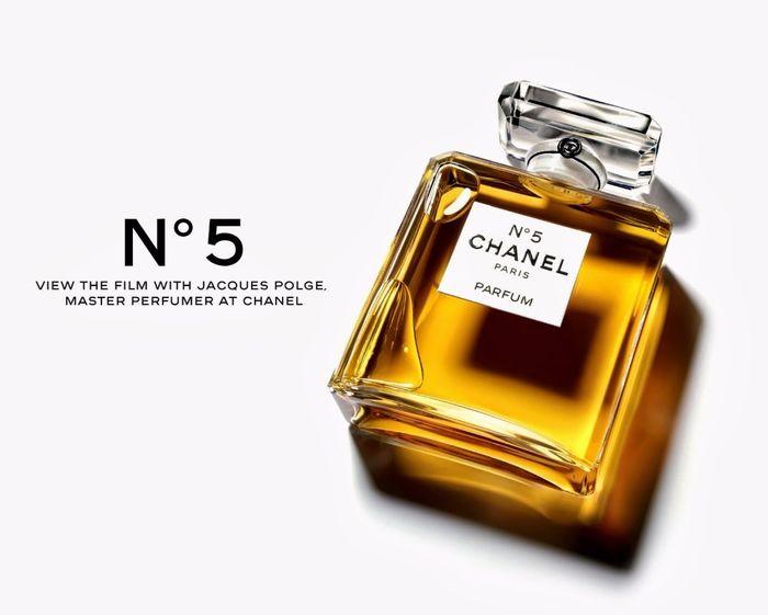 Notas do perfume  Neroli, ylang ylang, bergamota, limão, aldeídos, íris,  orris root, jasmim, rosa, lírio do vale, vetiver, almíscar, sândalo,  patchouli, ... d11f55d6cd