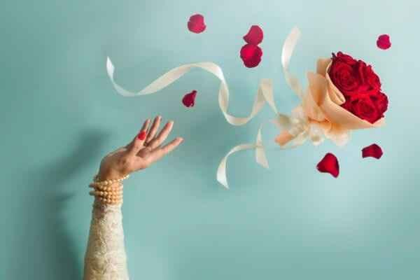 Jogando o bouquet, ou não.