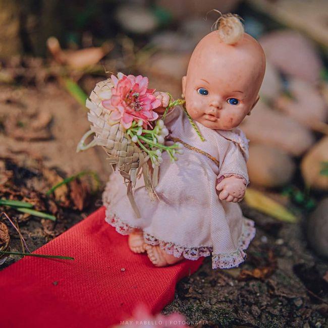 Quarentena criativa: fotógrafa faz 'casamento' de bonecos da Barbie 👰🤵 6