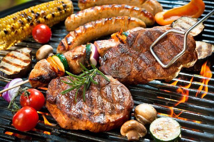 Qual destes pratos típicos incluiria no seu casamento? 1