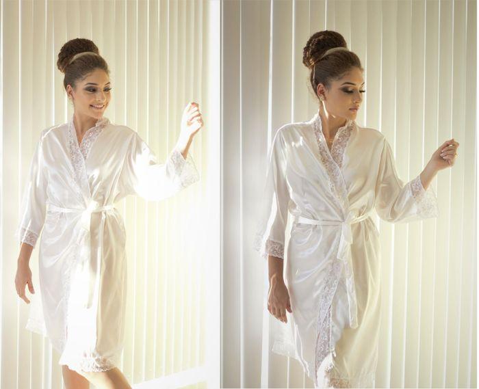 Como você customizaria este robe de noiva?VOTE! 1