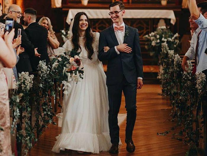 Qual foi o modelo de casamento escolhido para oficializar a sua união? 💍💍 2