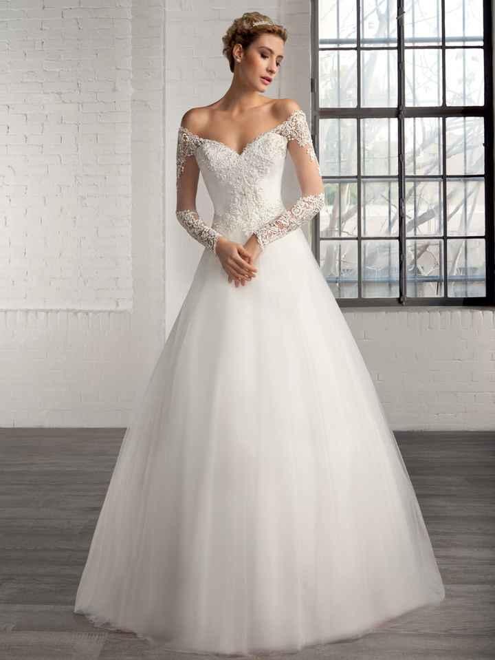Qual vestido é mais bonito - 1