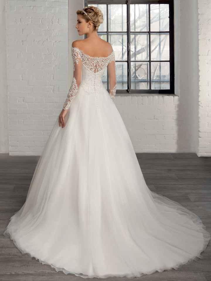 Qual vestido é mais bonito - 2