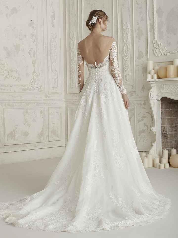 Qual vestido é mais bonito - 4