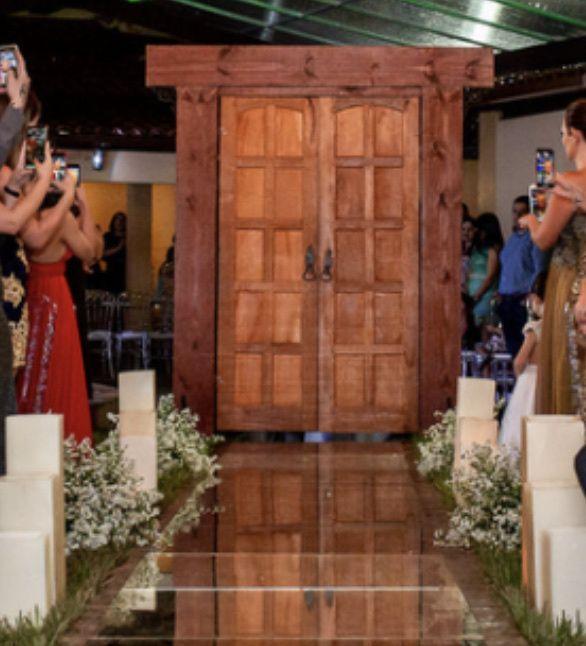 Porta para a cerimônia - 1