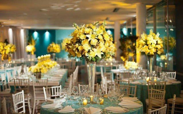 Enfeite de casamento amarelo jantar