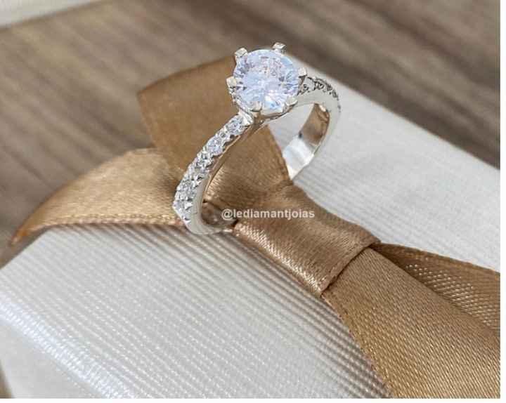 Anel de noivado: prata ou dourado? - 2