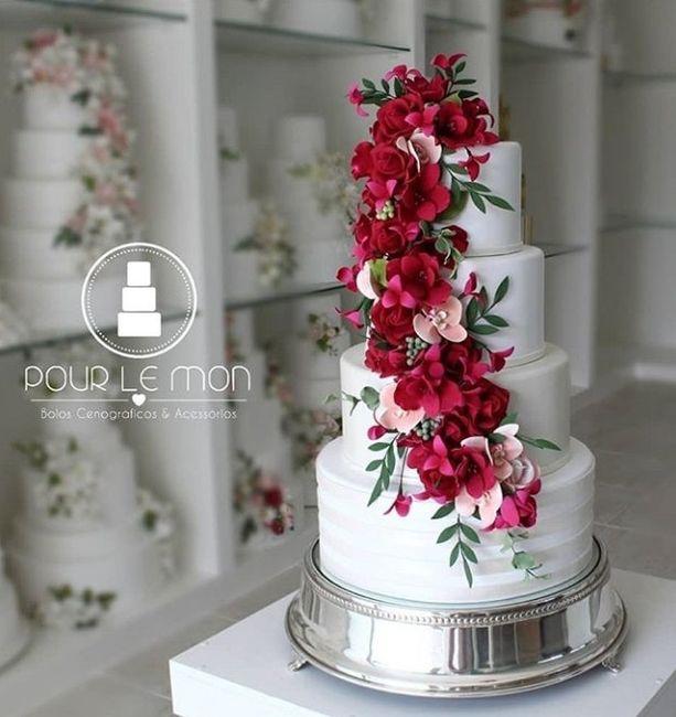 Já temos o bolo fake de casamento 🤩 - 1