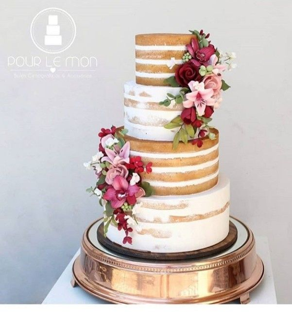 Já temos o bolo fake de casamento 🤩 - 4