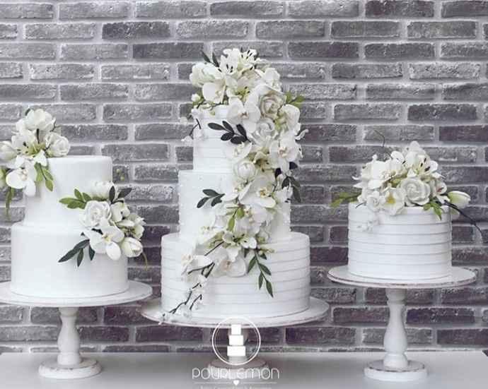 Já temos o bolo fake de casamento 🤩 - 2
