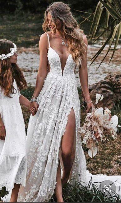 Usariam esse vestido? 👰 5