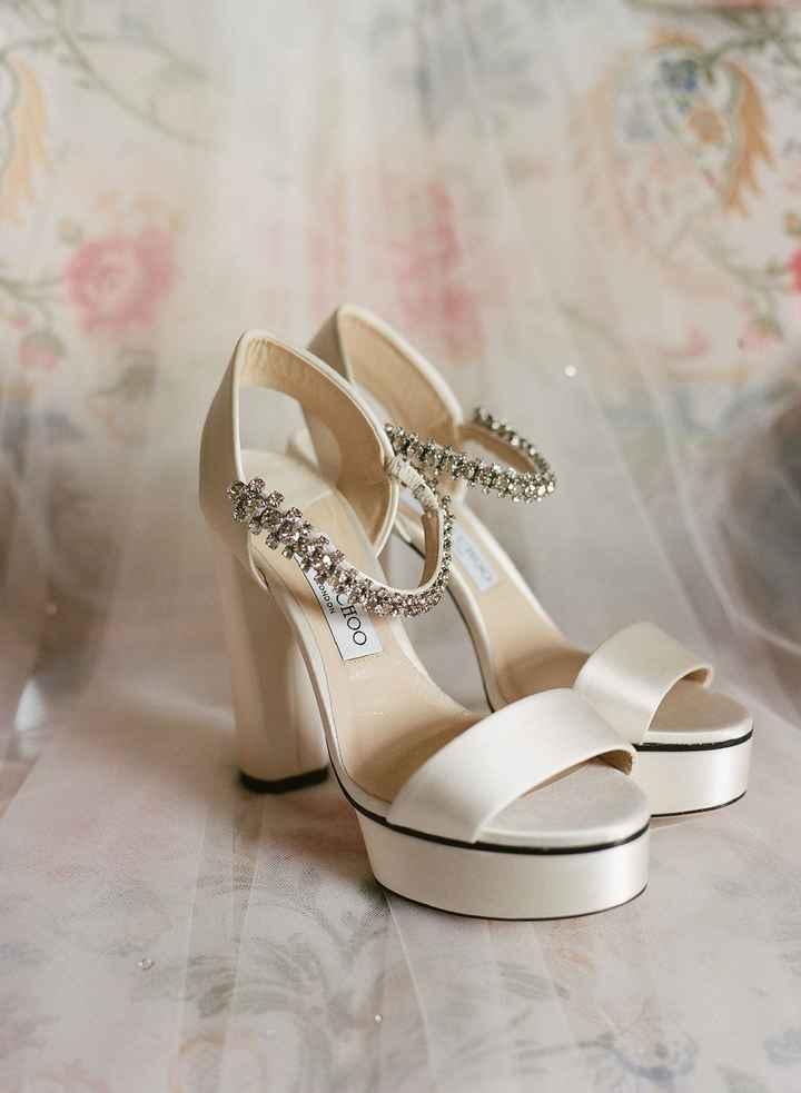 Para a Cinderela morrer de inveja: Inspirações de sapatos para noivas de estilo princesa - 3