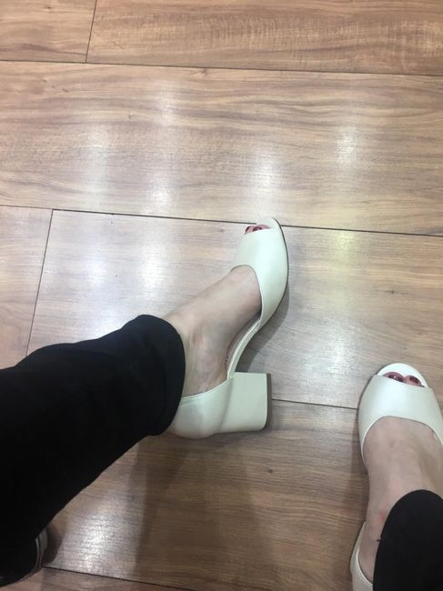 Comprei meu sapato de noiva! 1