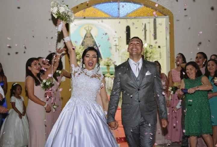 Saida dos noivos - 1