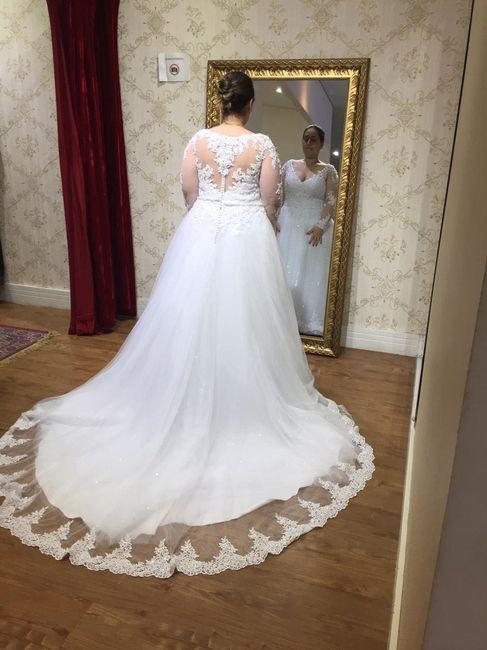 Casei! Minhas escolhas de vestido de noiva e véu 4