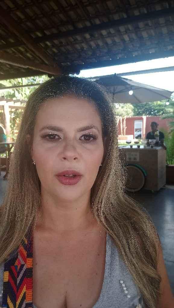 Encontro de noivas, ganhei uma maquiagem profissional - 6