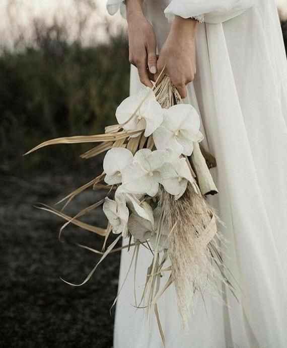 Sobre buquê de noiva: Como será o seu? 🥀❣💐 - 1