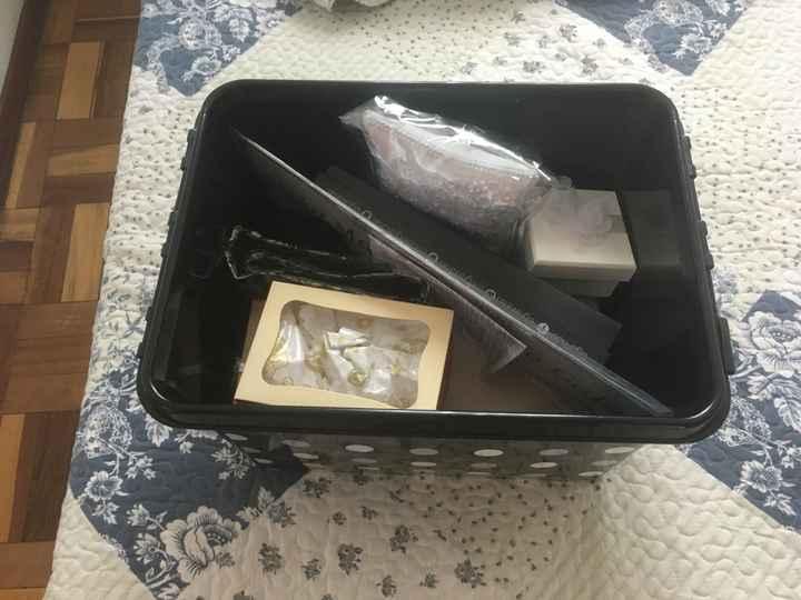 Deixando tudo organizado (caixa com coisas da Cerimônia) - 1