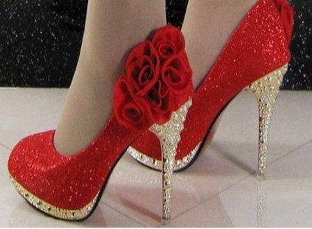 Isabelle Huppert Shoe Size
