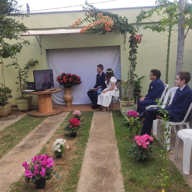 Com segurança: noivinha conta como casou em casa 👰 3