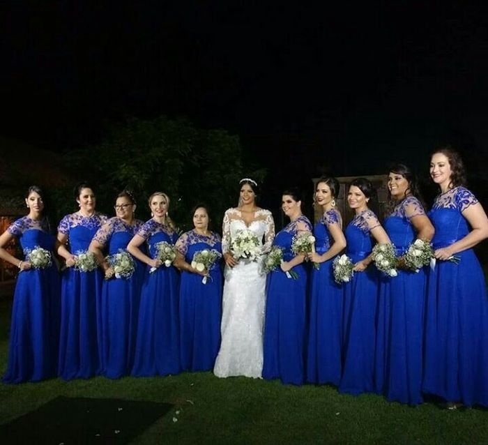 Vestido de madrinha azul bic