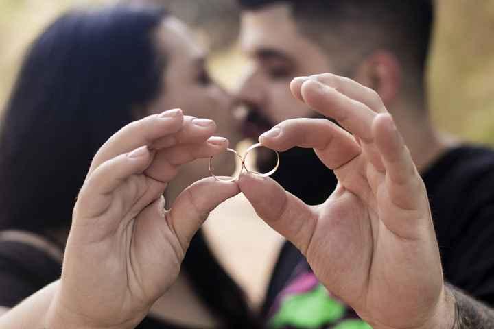📸 Poste uma foto exibindo o seu anel de noivado ou aliança de casamento - 2