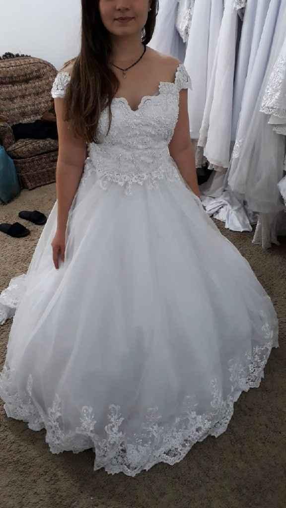 Me ajudem com o vestido!!! - 1