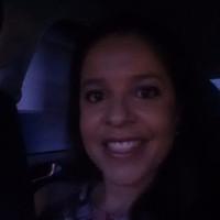 Mirela Santos