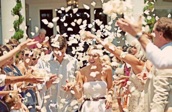 Saída dos noivos 🎉 4