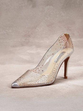 c52fa33fb 4) Sapatos de noiva: Tendências 2018