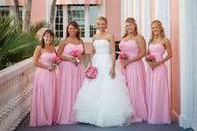 Preciso de ideias nas cores dos vestidos das madrinhas e arrumação do salão - 3