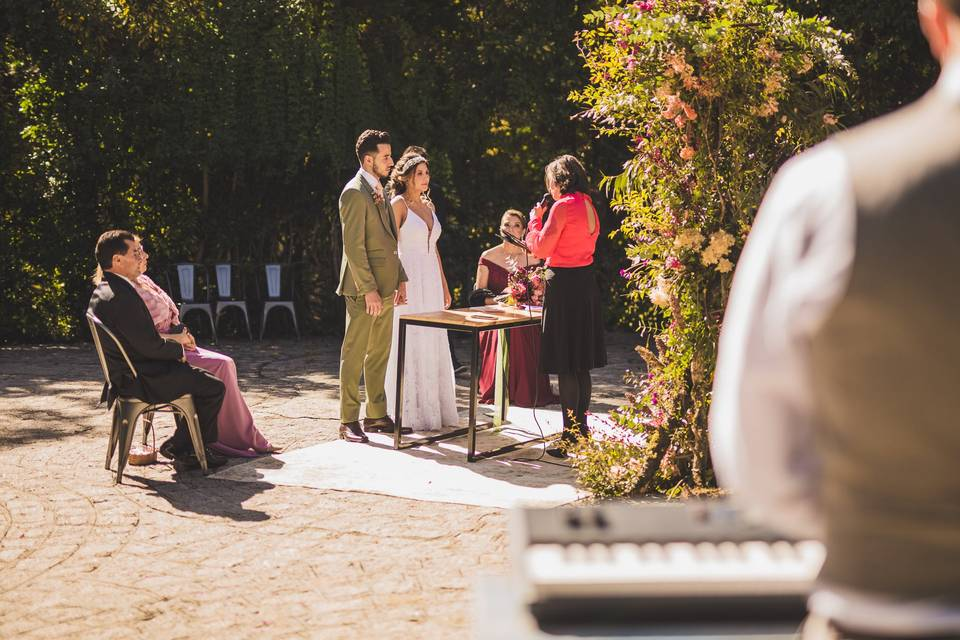 Piano elopement